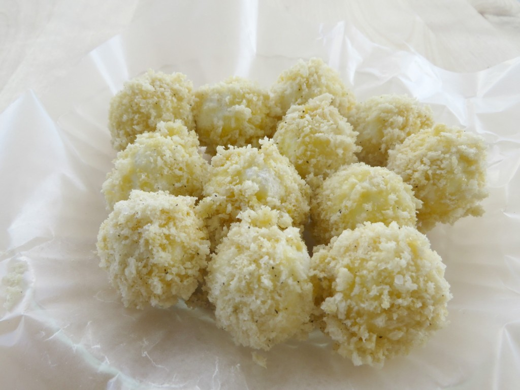Before cooking your goat cheese, you'll need to coat the balls in Panko crumbs
