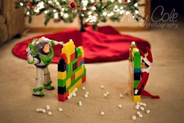 Elf snowball fight