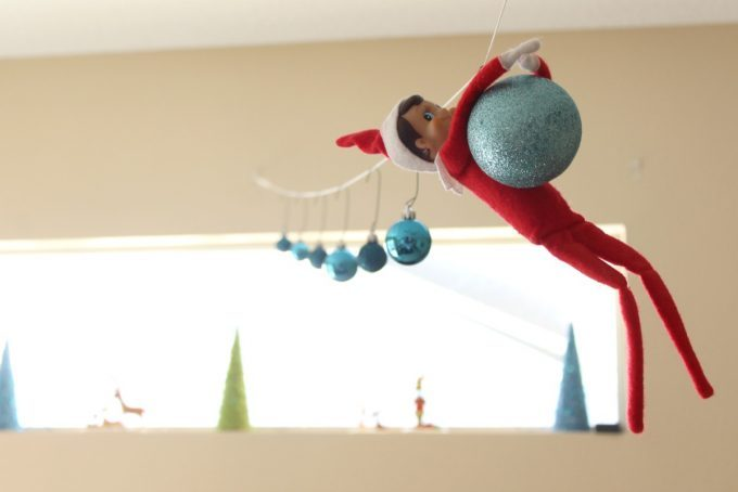 Elf On The Shelf Ideas - Decorating Elf