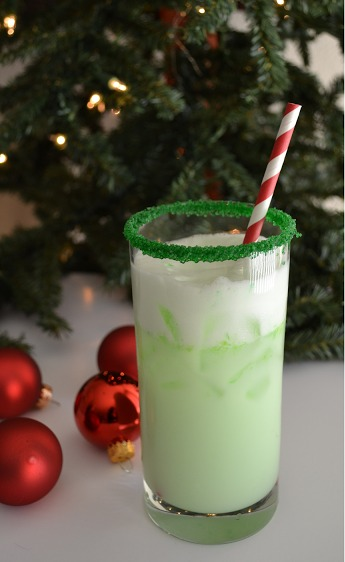 christmas-cocktails-grinch-spritzer