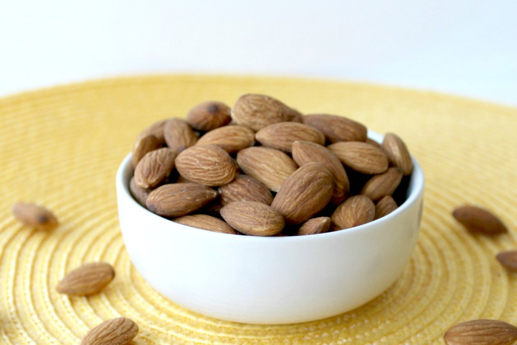 smarter-snacking-almonds