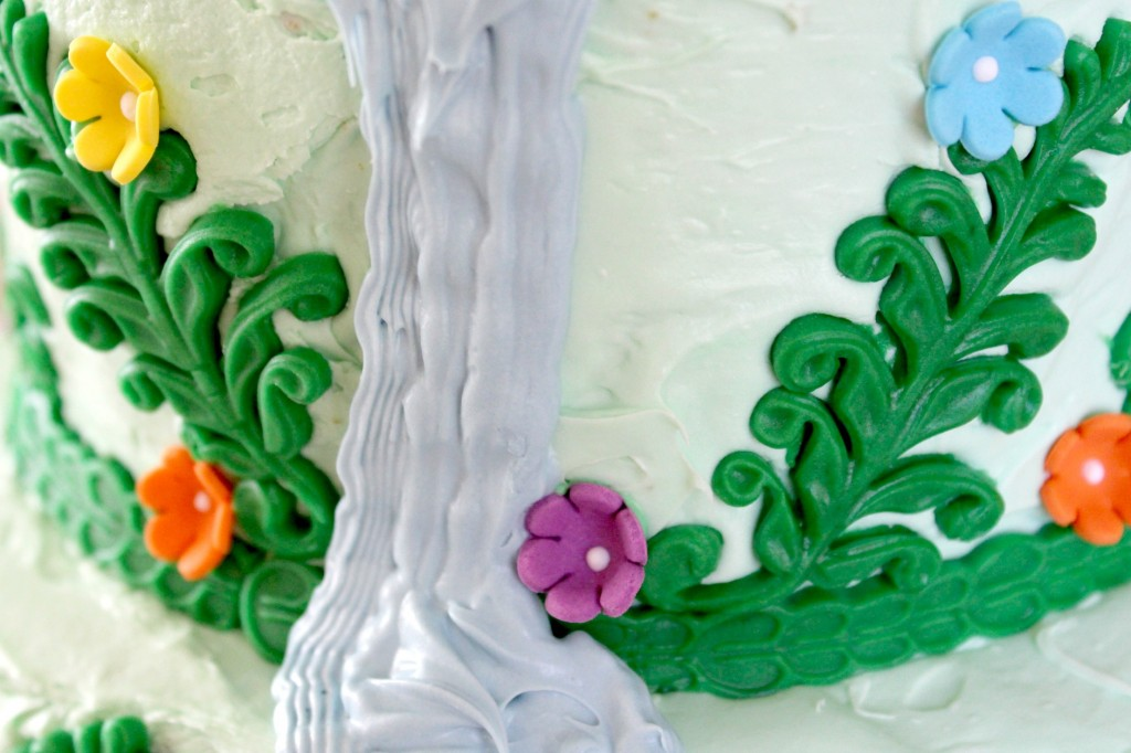 Rapunzel-cake-waterfall-bottom