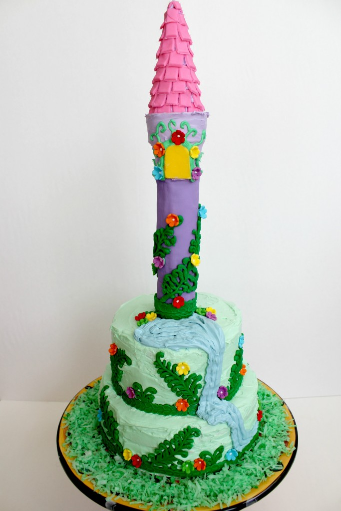 Your little princess is going to love this Rapunzel cake