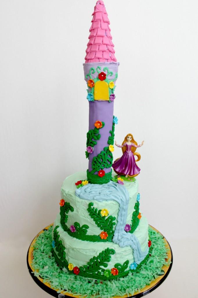 Rapunzel-cake-doll