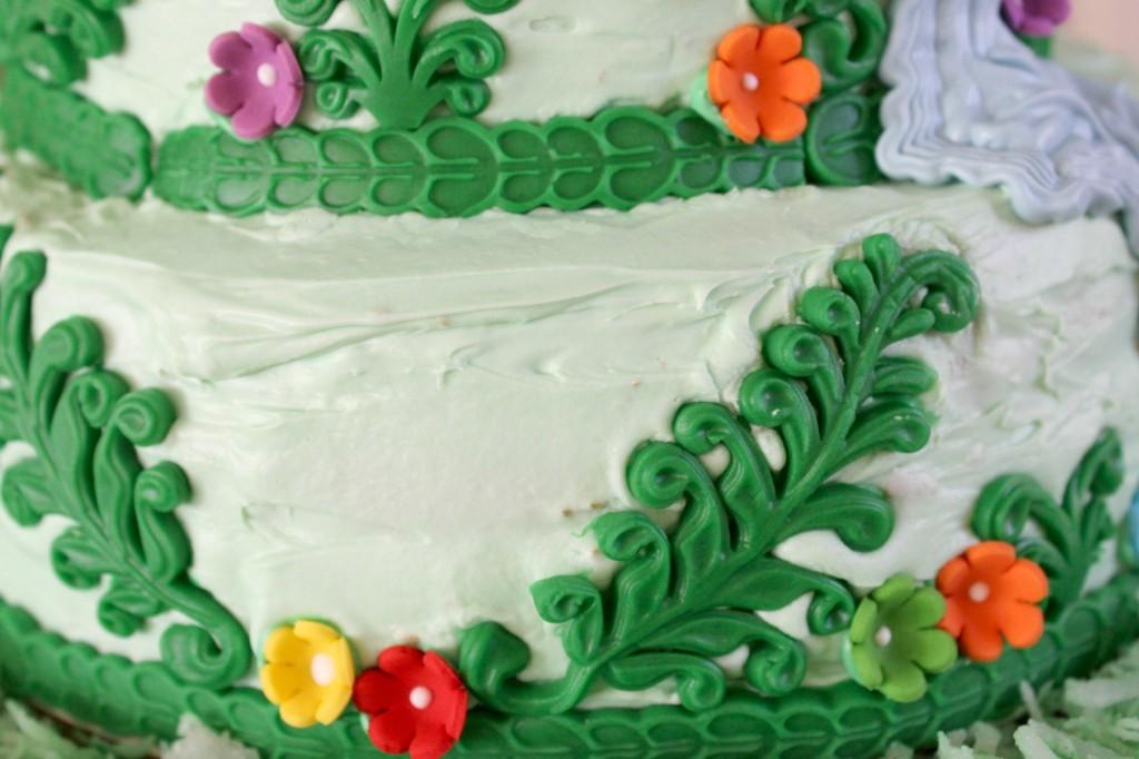 Rapunzel-cake-greenery