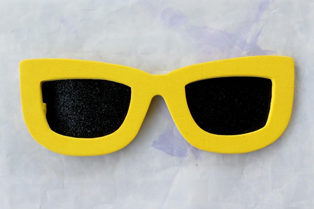 shopkins-valentines-box-glasses-front