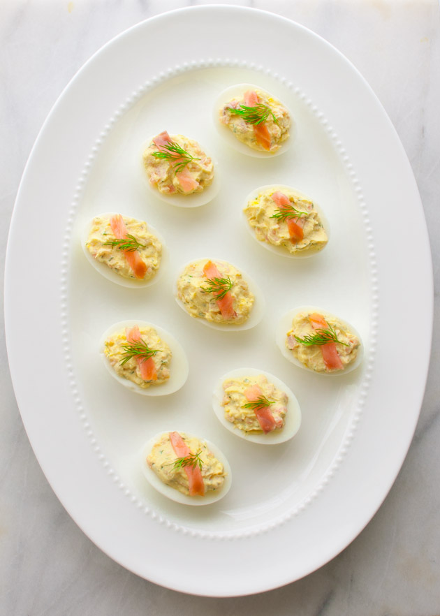 Recipe for deviled eggs with smoked salmon