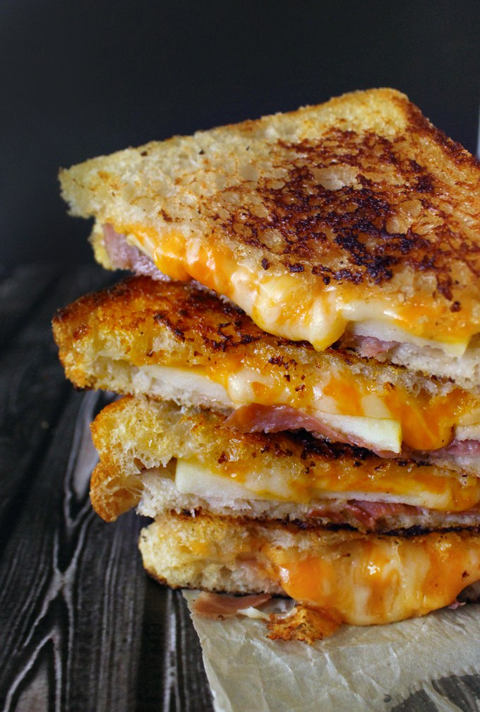 15 Of The Most Mouthwatering Grilled Cheese Sandwiches ...