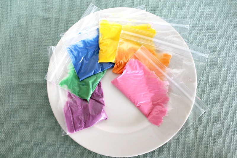 Rainbow-snack-mix-candy-melts