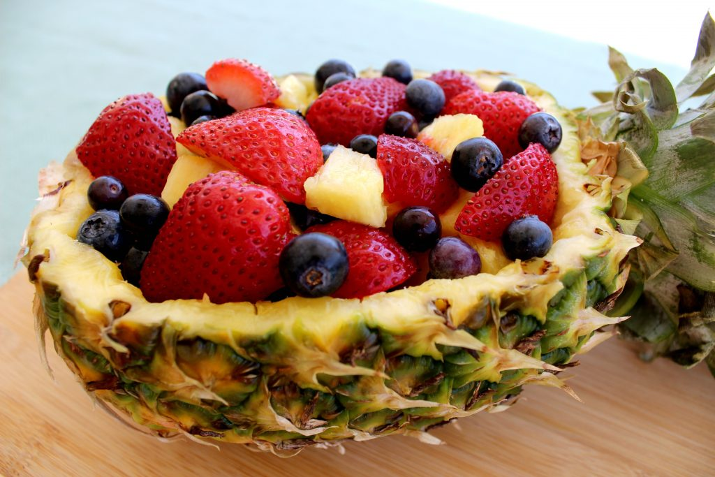 pineapple-fruit-bowl-side