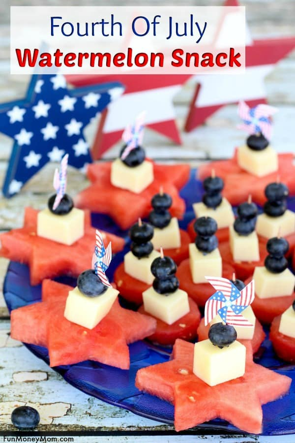 Fourth of July Food - Want a healthy snack for summer? This red, white and blue fruit and cheese snack is a perfect party food or a delicious, healthy treat to enjoy poolside.