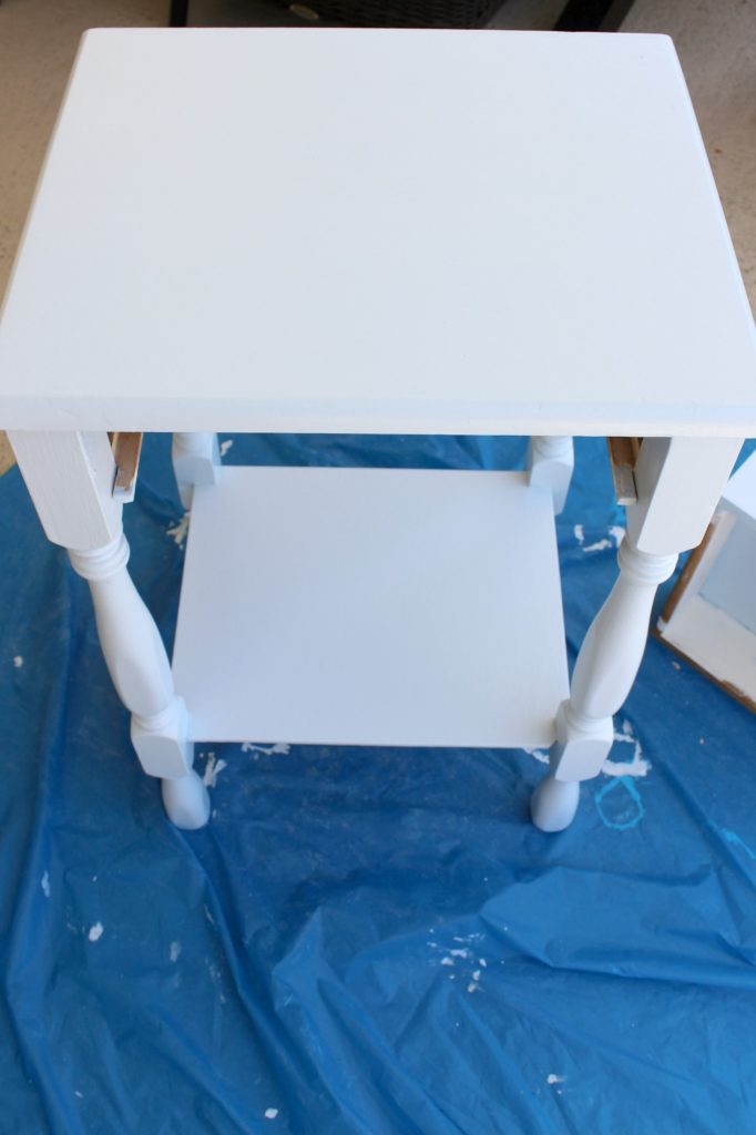DIY-coastal-chic-side-table-light-blue
