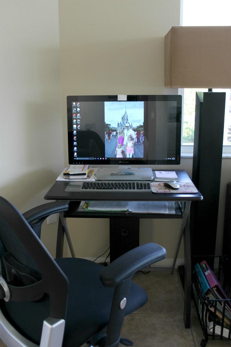 office-makeover-old-desk