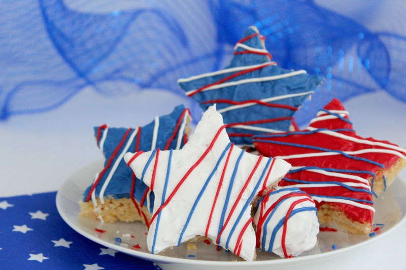 Fourth-of-july-marshmallow-treats-finished