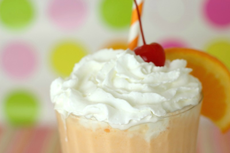 orange-crush-creamsicle-milkshake-closeup
