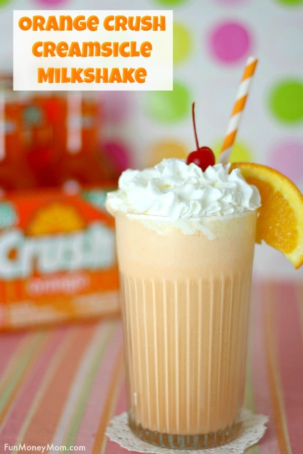 Creamsicle Milkshake - This Orange Crush Milkshake is the perfect easy dessert for a hot summer day! Make this dessert recipe as a treat for the kids (or the grownups!). #milkshake #creamsicle #dessert #icecream