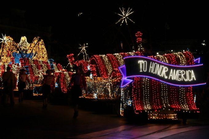 Disney-tradition-america