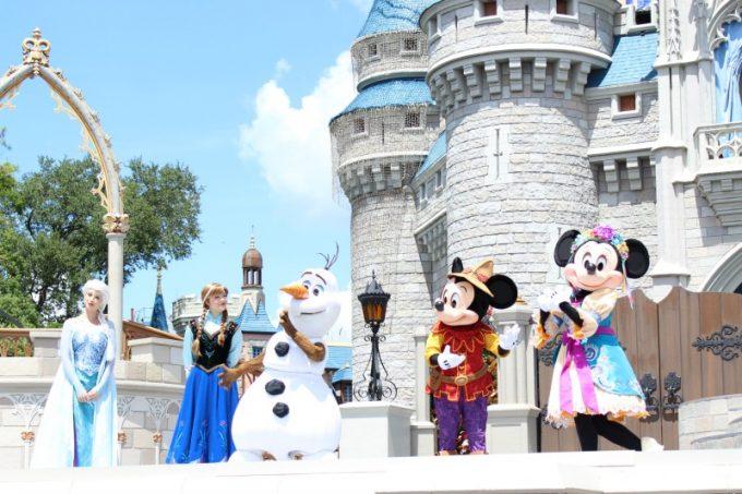 Disney-tradition-frozen