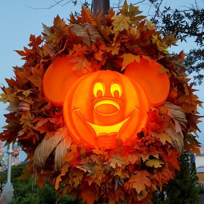 Disney-tradition-pumpkin