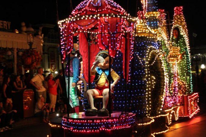 Disney-tradition-pinocchio