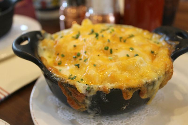 Chef-Art-Smith's-homecoming-mac-cheese