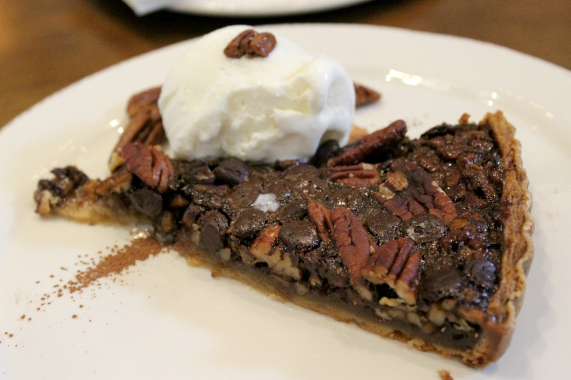 Chef-Art-Smith's-homecoming-hamilton-county-pecan-pie