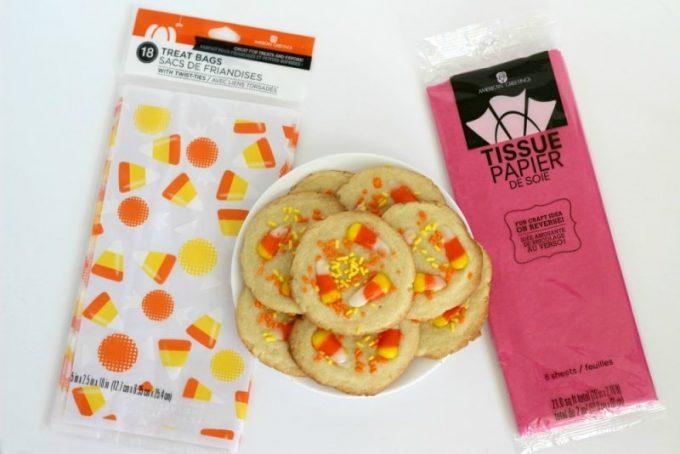DIY-cat-trick-or-treat-bucket-cookies