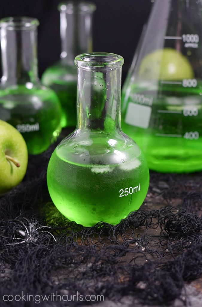 Poisoned Apple Halloween cocktail