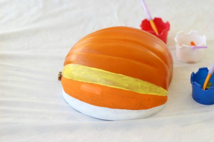DIY-Jack-o-lantern-paint-1