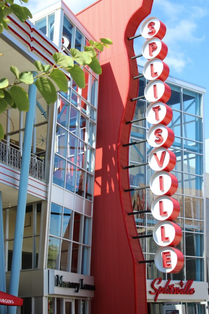 Disney-Springs-splitsville