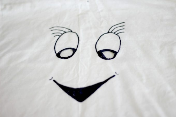 ghost-costumes-eye-holes