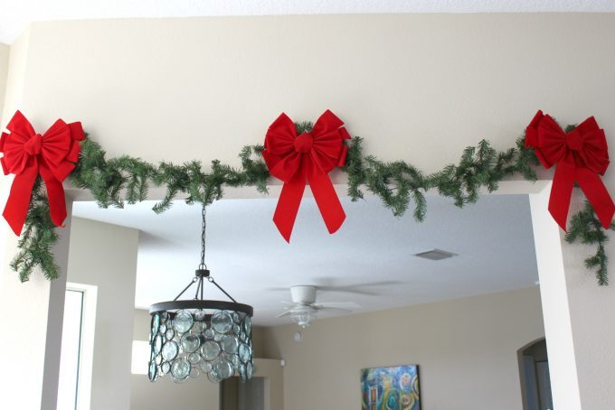 christmas-decorations-garland