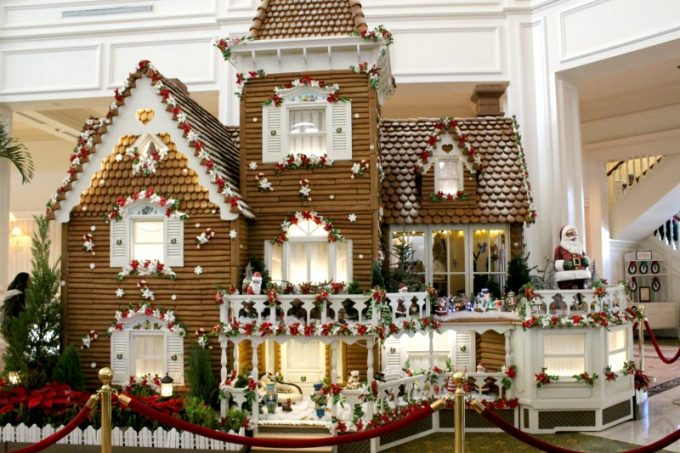 gingerbread-house-reduced