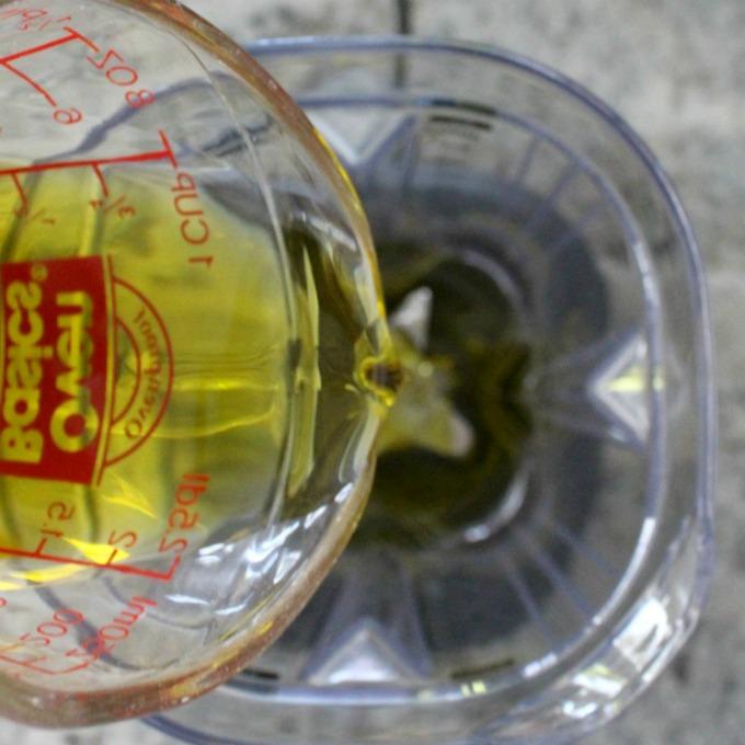 olive-oil-680