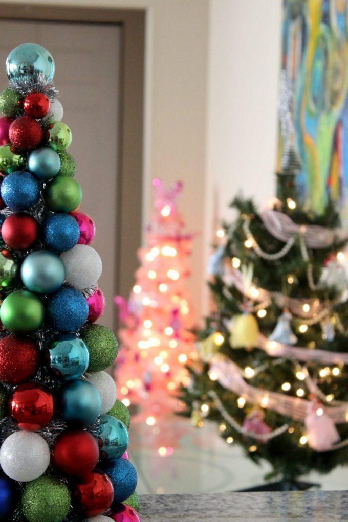 christmas-decorations-trees