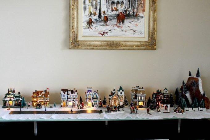 christmas-decorations-village