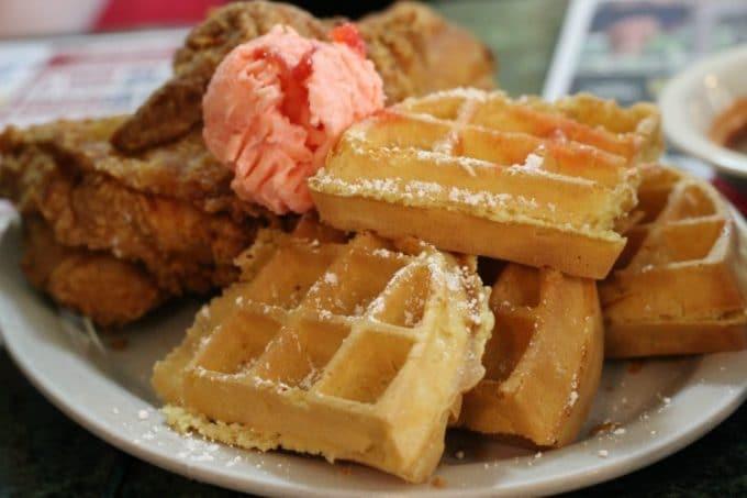 Jacksonville-Florida-metro-diner-chicken-waffles