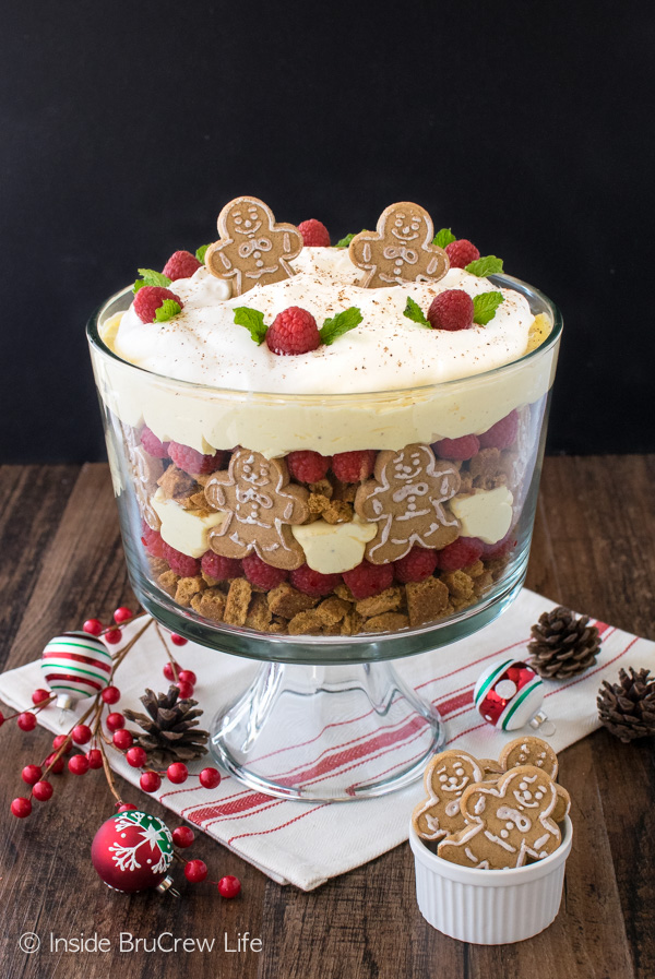 You can't go wrong with a pretty Christmas Trifle