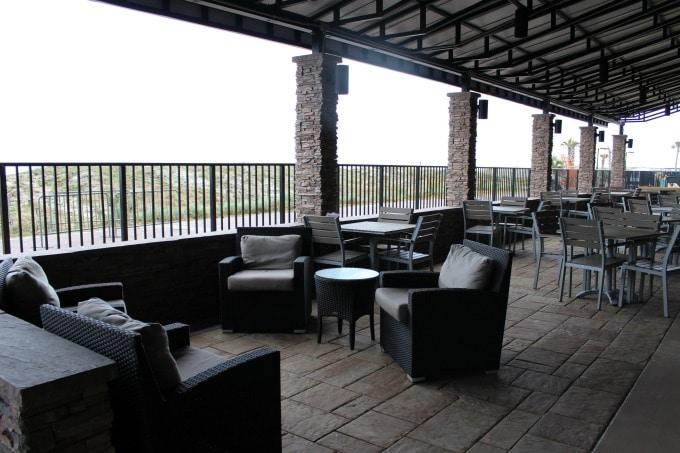 Jacksonville-Florida-Sheraton-patio