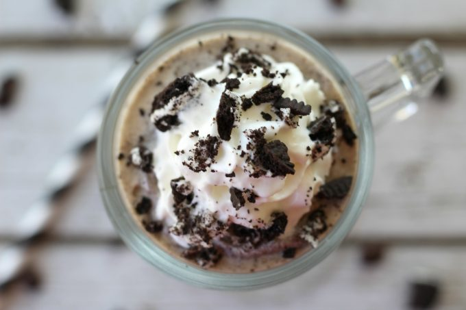This frappe recipes with chocolate cookies was a delicious drink and dessert