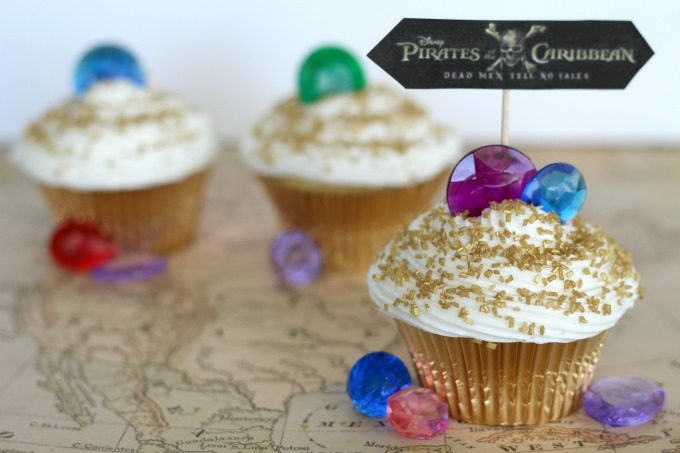 Pirates Of The Caribbean cupcakes inspired by the movie