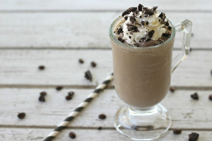 This coffee, cookies & cream frappe recipe makes the perfect drink