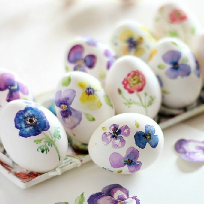Watercolor flowers Easter egg ideas