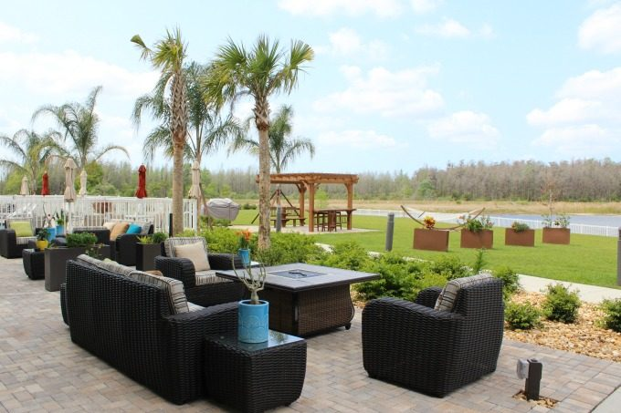 The outdoor area at the Holiday Inn in Pasco County