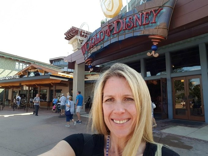 Disney bounding in Disney Springs for the Disney Social Media Mom's Celebration 2017