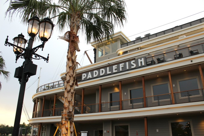 If you're trying to decide where to eat at Disney Springs, check out the new Paddlefish restaurant.