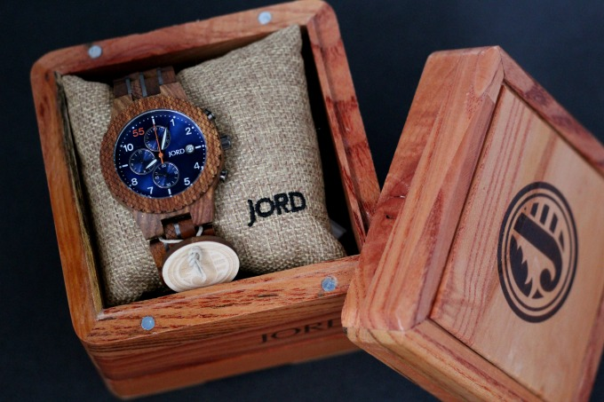 What man wouldn't want this watch as one of his Father's Day gifts?