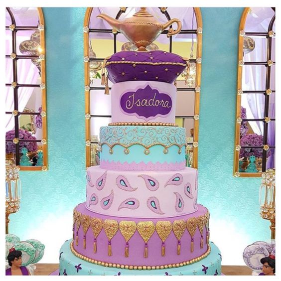 Disney princess cakes Aladdin