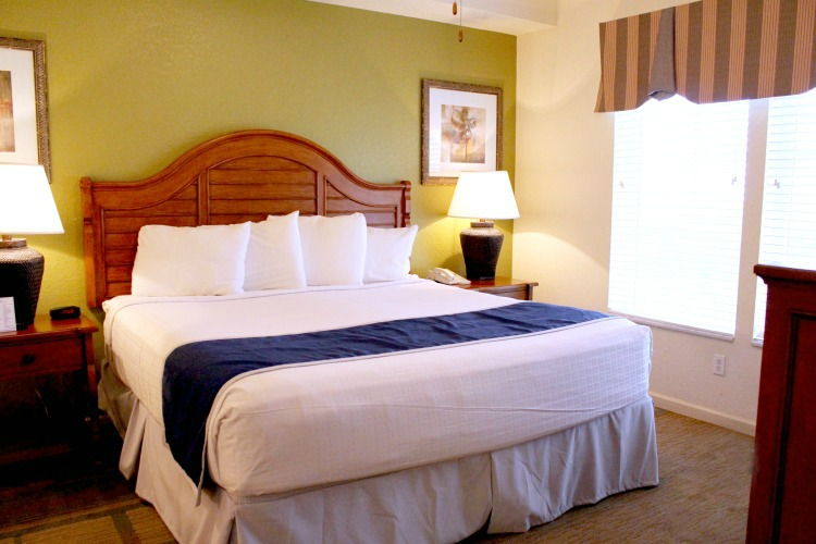The rooms at Lake Buena Vista Resort Village And Spa are bright and airy