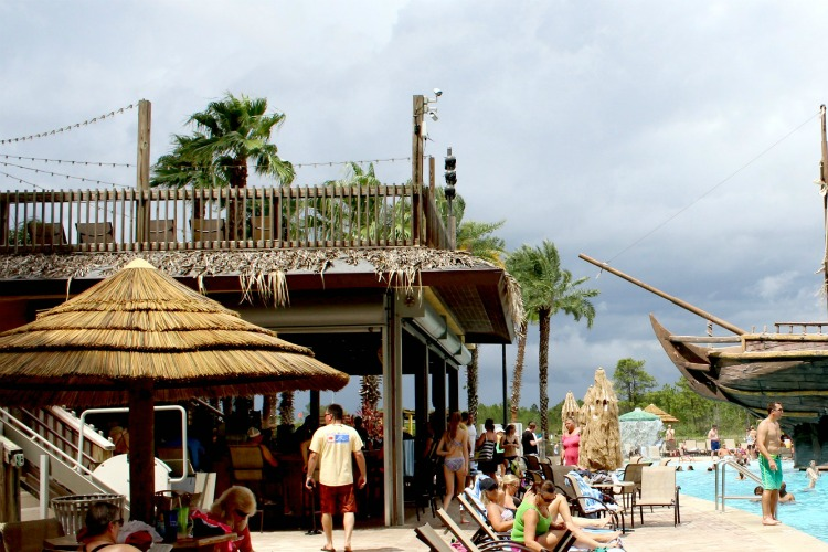You can order lunch at Lani's Luau while you relax by the pool.